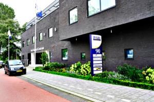Park Medisch Centrum vanaf de Hoofdweg Rotterdam - Contact